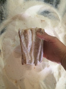 "Libros rellenos de pasta de vainilla (""Books"" filled with vanilla sugar paste)"